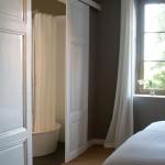 Ensuite slaapkamer met eigen badkamer