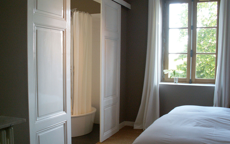 En-suite slaapkamer met eigen badkamer