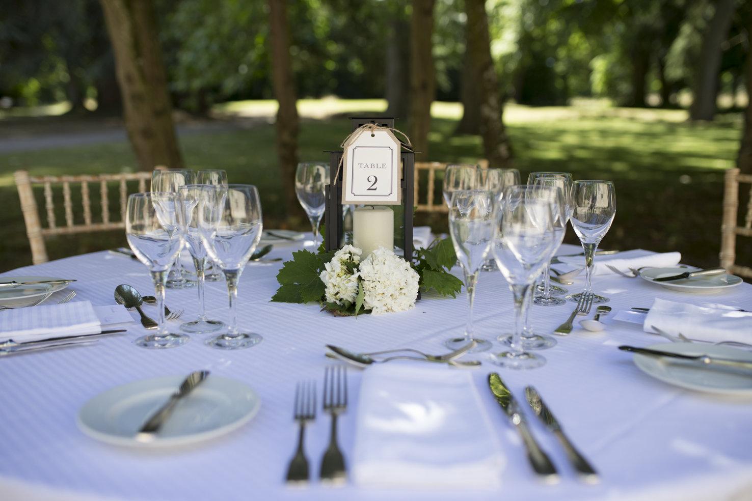 Wedding table at Les Bardons